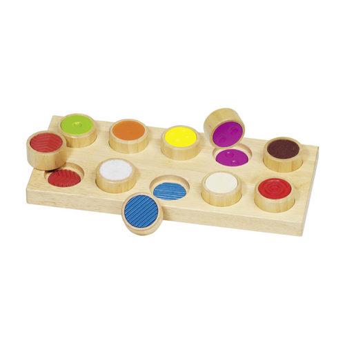 Hmatová drevená hra