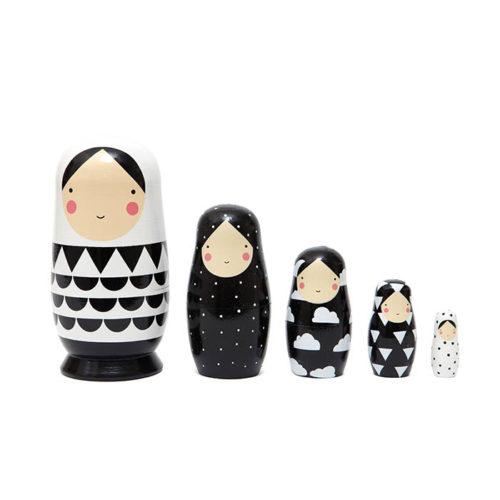 Matrioška Black & White 1