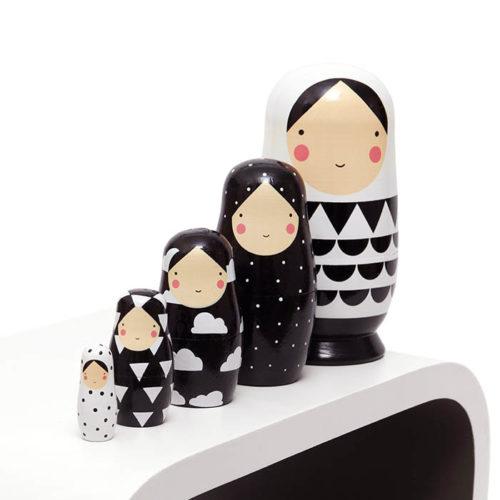 Matrioška Black & White 3