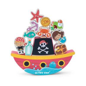 Pirátska balansujúca loď