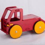 Moover_Toys_BabyTruckRed_72DPI_PIC_001