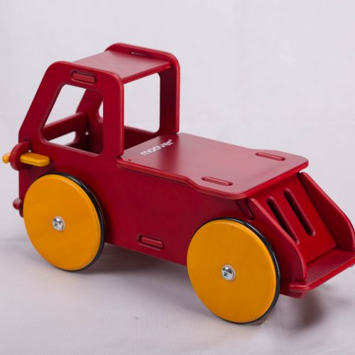 Moover_Toys_BabyTruckRed_72DPI_PIC_002