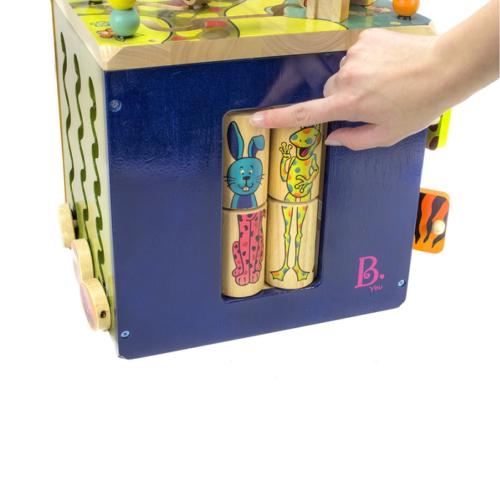 Drevená interaktívna kocka