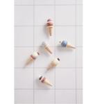 dreveny-stojan-so-zmrzlinkami-2-minilove