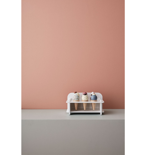 dreveny-stojan-so-zmrzlinkami-4-minilove