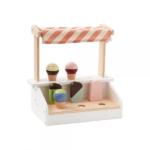 Drevený stojan so zmrzlinou a nanukmi