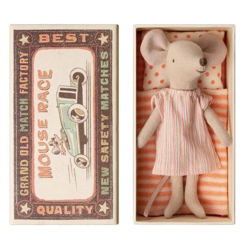 Veľká sestrička Myška v krabičke