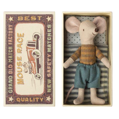 Veľký braček Myšiak v kraťasoch v krabičke