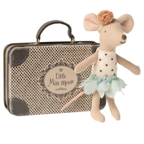 Myška cestovateľka Malá sestrička v kufríku