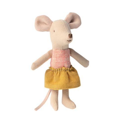Malá sestra Myška so sukničkou v krabičke