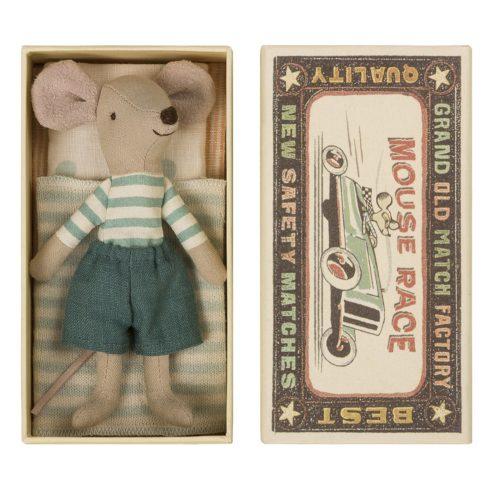Veľký braček Myšiak v nohaviciach