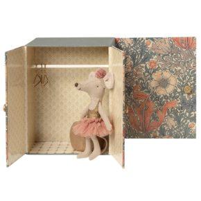 Baletná sála s myškou