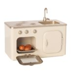kovova-kuchynka-maileg-2-minilove
