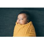 muselinova-zavinovacia-plienka-mustard-3-minilove