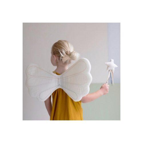 Dúhové látkové krídla